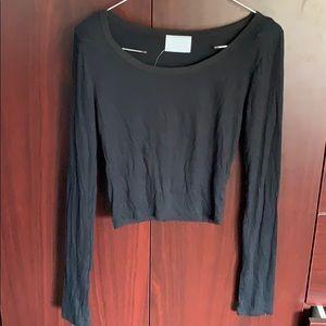 Nollie black long sleeved crop top